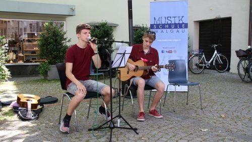 Nachhaltiges für die Ohren gab es von der Musikschule Walgau.