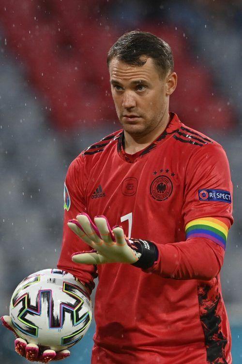 Nationaltorwart Manuel Neuer trug erneut die Regenbogen-Kapitänsbinde. AFp