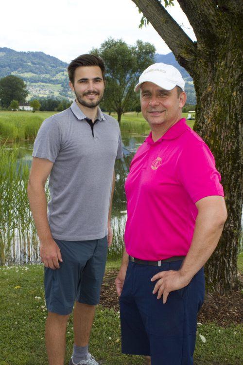 Robin Forster (l.) und Mario Strudl eröffneten das Turnier.