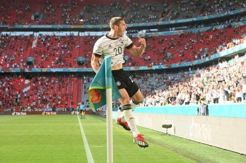 Robin Gosens war beim 4:2-Sieg gegen Portugal das Um und Auf im deutschen Nationalteam. ap