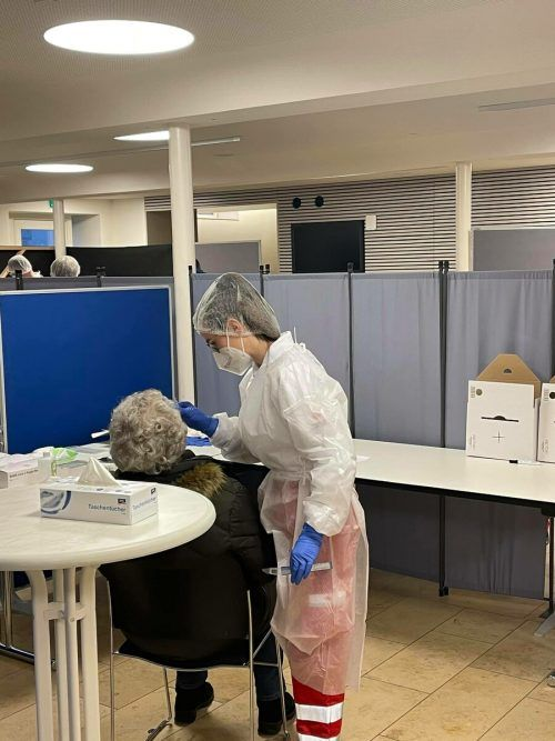 Seit Februar konnte man sich im Löwensaal in Hohenems kostenlos auf Covid-19 testen lassen, Ende der Woche schließt diese Teststation.Stadt