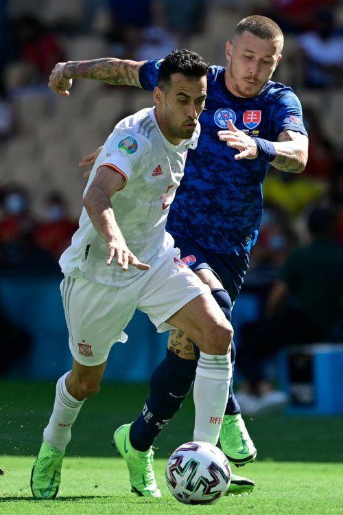 Sergio Busquets (links) sorgte bei seiner Rückkehr ins Team für die wichtigen Impulse.afp