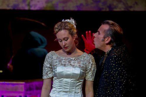 """Stella Roberts und Hubert Dragaschnig in """"Lamm Gottes"""".VN/RP"""