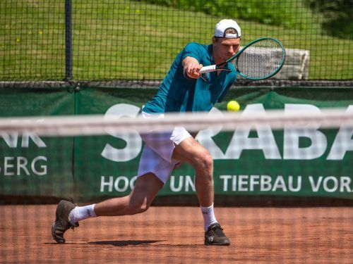 TC-Dornbirn-Akteur Jakob Sude (Bild) hält so wie Teamkollege Linus Erhart vor dem Heimspiel bei einer Saisonbilanz von 6:2 Siegen. GEPA