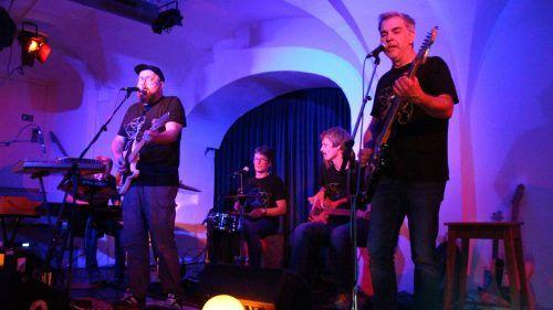 Thorsten Hinrichsen, Markus Mörschbacher, Rene Fend, Paul Amann und Johannes Kremmel hatten neue Songs im Gepäck. HEilmann