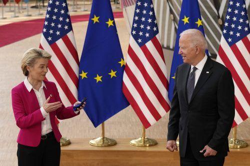 Ursula von der Leyen und Joe Biden tauschten freundliche Worte aus. Es gab auch ein handfestes Ergebnis.  AP