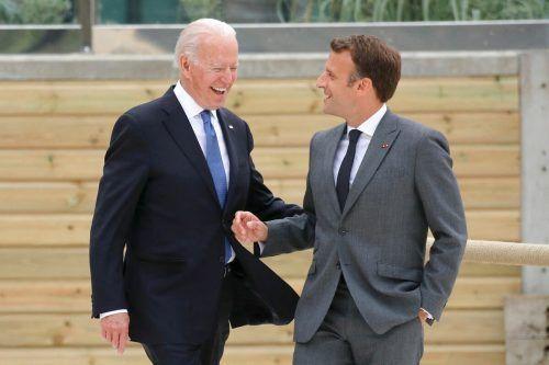 US-Präsident Biden scherzte mit Macron. AFP