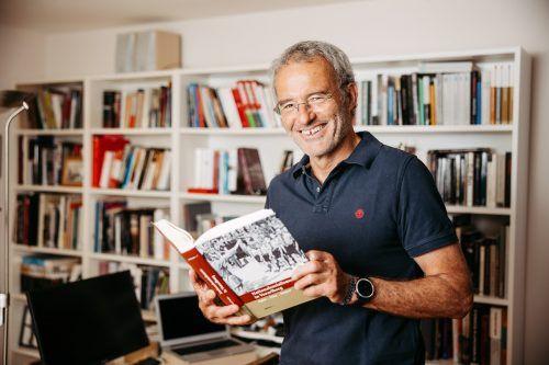 Werner Dreier ist ein absoluter Kenner des Nationalsozialismus in Vorarlberg. Auch als Publizist machte er sich einen Namen. VN/Sams