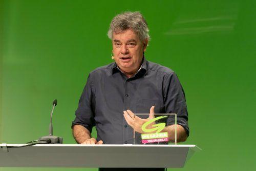 Werner Kogler sprach ebenfalls auf dem Landesparteitag der Grünen. VN/Stiplovsek