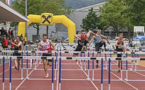 Zehnkampfsieger Lukas Zech (Bildmitte) verfehlte mit 5918 Punkten seine persönliche Bestmarke, aufgestellt 2020 bei der ÖM in Götzis, um elf Punkte.VLV