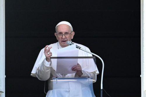 Der Papst betete von seinem Arbeitszimmer im Apostolischen Palast aus. AFP