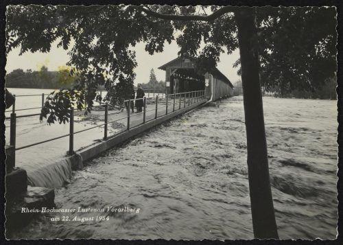 Dieses Foto verdeutlicht den Wasserstand im August 1954.