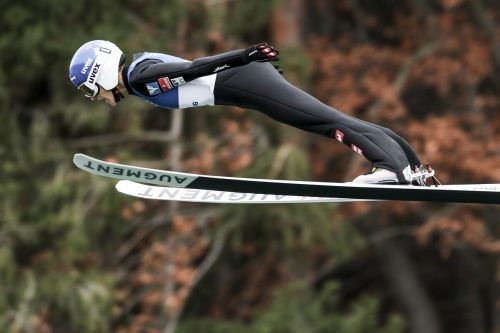 Eva Pinkelnig war bei den beiden Sommer-GP-Springen inWilsa als jeweils Vierte einmal bestklassierte Österreicherin. GEPA