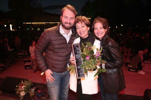 Ina Wolf (Lebenswerk) mit Kindern Alexander und Angelina.