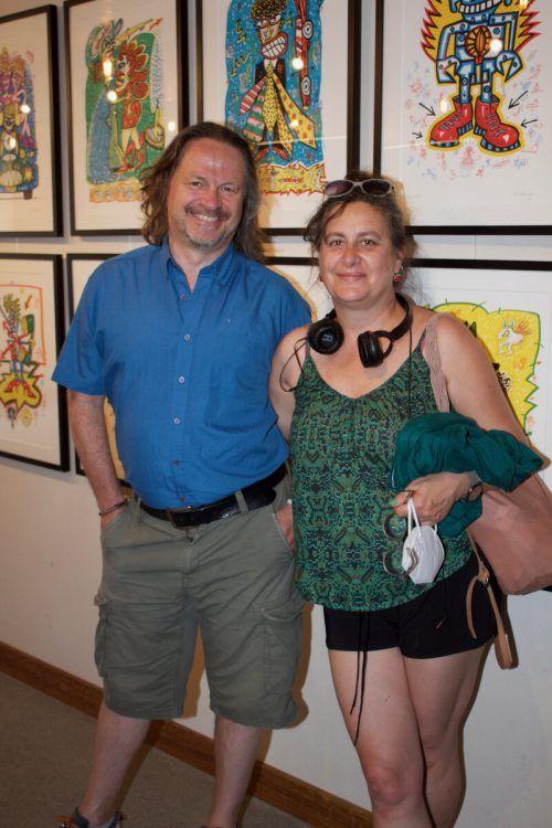 Interessierte Besucherpaar Stefano und Sara Rosa.