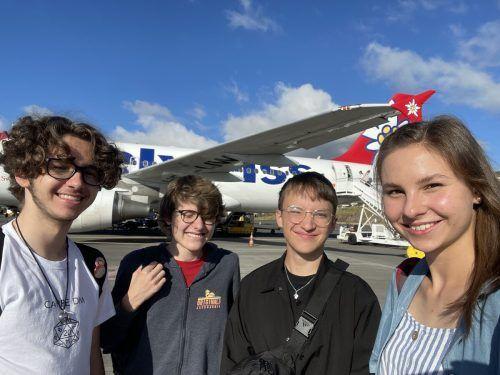 10. August: Ankunft in Santa Cruz: Maximilian Koch, Niklas Kofler, Elias Kicker, Hannah Nesensohn (v. l.).Nesensohn