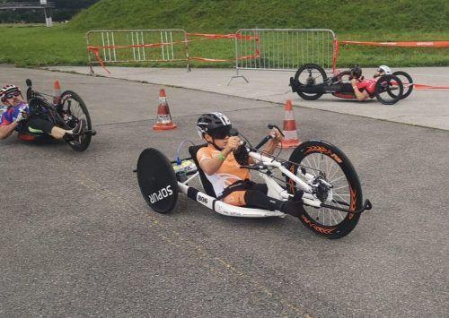 Auch auf dem Handbike ist Maxi Taucher erfolgreich unterwegs. Im September steht wieder Rollstuhltennis auf dem Wettkampf-Programm.mima