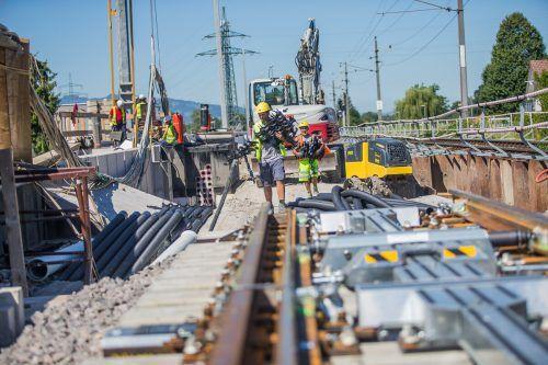 Auch künftig wird die ÖBB so manchen Gleiskilometer verlegen müssen, um den erwarteten Bedarf zu erfüllen. VN/STeurer
