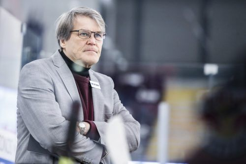 Auf DEC-Coach Kai Suikkanen wartet noch einiges an Arbeit.gepa