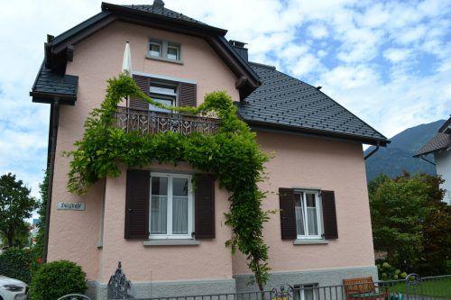 Bei der Sanierung sind Anita und WIlli Bechter dem südböhmischen Baustil ihres Hauses treu geblieben. BI
