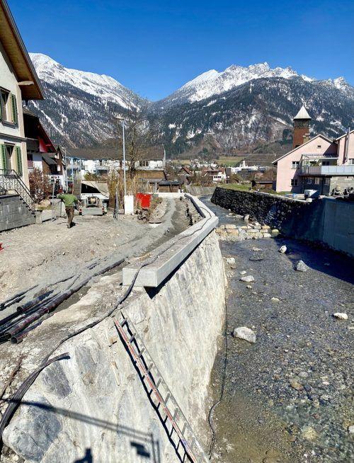Beim Hochwasserschutzprojekt am Alvier steht der dritten und letzte Bauabschnitt an. Die Abtragung der bestehenden Brücke und der Neubau kosten rund 1,2 Millionen Euro. VN/JS