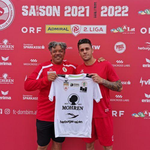 Cheftrainer Eric Orie (l.) und sein neuer Defensivmann Matheus Batalha Favali.FCD