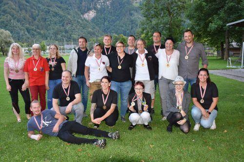 Das diesjährige Grillfest der Fasnatzunft Dornbirn stand ganz im Zeichen verdienter Mitglieder, die mit einem Orden geehrt wurden.