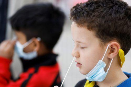"""Das """"Nasenbohren"""" kennen die Schulkinder in Österreich bereits.Reuters"""
