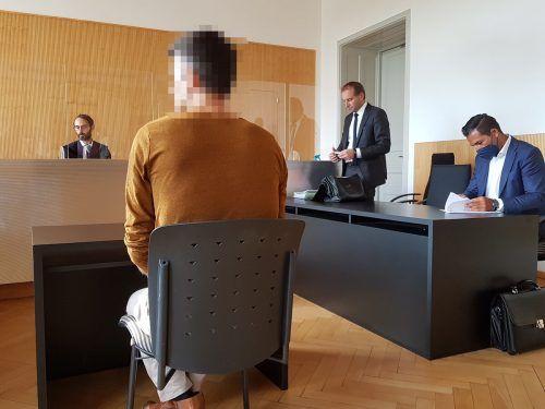 Der 46-jährige Angeklagte ist seit März in Untersuchungshaft gesessen. EC