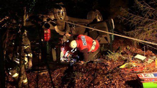 Der Verletzte wurde vor Ort vom Notarzt erstversorgt und dann ins LKH Bregenz eingeliefert. poggioli