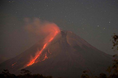 Der Vulkan-Alarm steht schon seit neun Monaten auf der zweithöchsten Stufe. afp