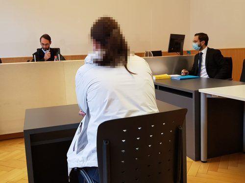 Die Angeklagte gab vor Gericht zu, während der Auseinandersetzung mit ihrem Lebensgefährten betrunken gewesen zu sein. eckert