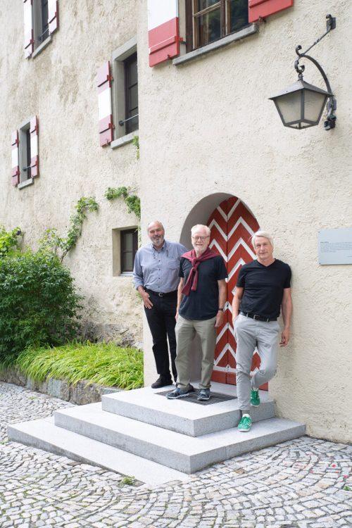 Die beiden Kunstschaffenden Tone Fink und Marco Spitzar. Veranstalter