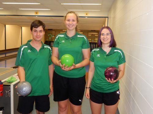 Die drei Kegelasse aus dem Ländle, Jan Nikolic, Lena Baumgartner und Maja Nikolic freuen sich auf ihren WM-Einsatz.