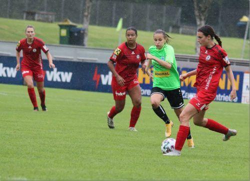 Die-FC Dornbirn-Damen sind weiterhin voll auf Kurs - nach drei Spieltagen stehen neun Punkte zu Buche. luggi knobel