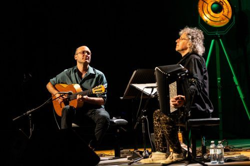 Die Musiker Kevin Seddiki (l.) und Jean-Louis Matinier gaben den Auftakt zur Jazzbühne Lech im sport.park.lech. Michael Moosbrugger
