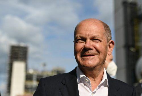 Die Partei von Kanzlerkandidat Olaf Scholz liegt in einer neuen Umfrage vorne. AFP