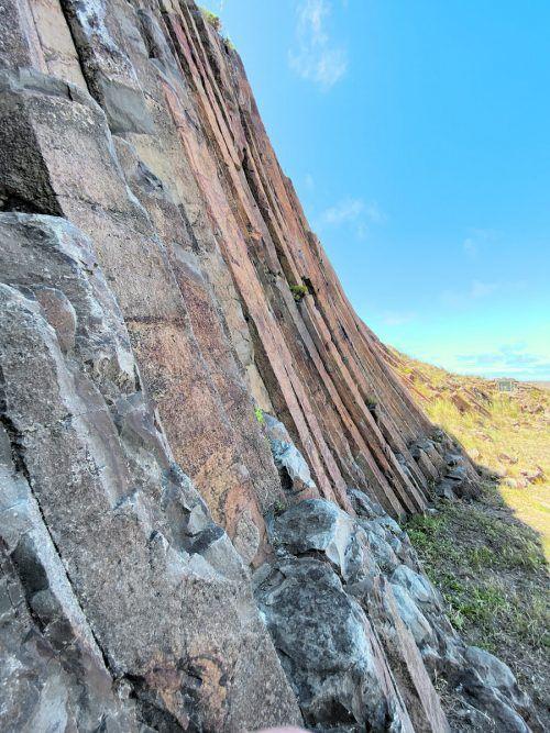 Die Säulen aus Basalt ragen steil in die Höhe.Beate Rhomberg (6)