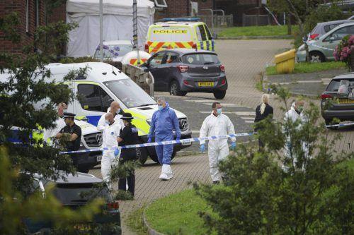 Ein 22-jähriger Mann hat fünf Menschen und sich selbst erschossen. Ap