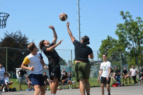 Ein Turnier in der Basketballvariante Streetball wurde am Samstag auf dem Jugendplatz Habedere ausgetragen.