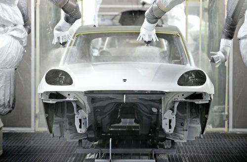 Ein Zukunftsfonds soll den Umstieg auf E-Autos erleichtern. dpa