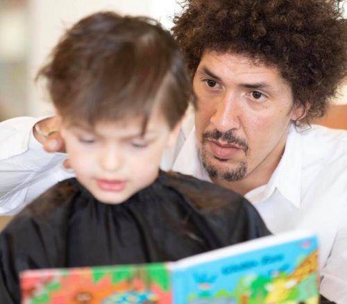 Einen Haarschnitt fürs Vorlesen gibt es morgen von Danny Beuerbach.BEuerbach