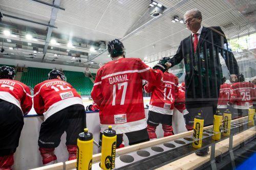 Eishockey-Teamchef Roger Bader und Kapitän Manuel Ganahl haben in Bratislava eine anspruchsvolle Aufgabe vor sich.gepa