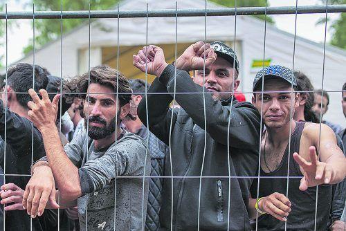 EU wehrt sich gegen Instrumentalisierung von Flüchtlingen durch Minsk.
