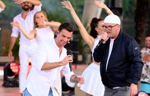 Florian Silbereisen lud zur großen Schlagersommerparty, und DJ Ötzi war dabei. ARD/JürgensTV/Dominik Beckmann