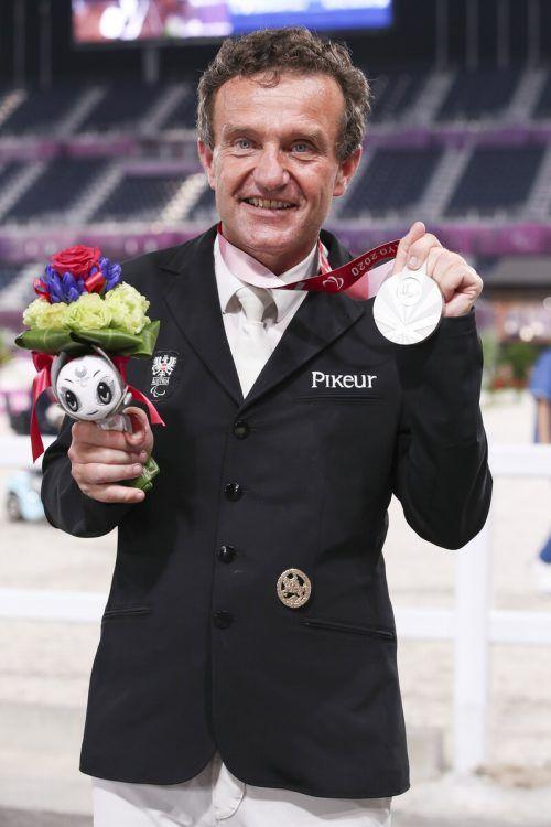 Groß war die Freude bei Pepo Puch über seine zweite Medaille in Tokio.gepa