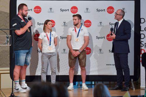 Ihre Olympische Bronzemedaille wird Bettina Plank, im Bild mit Lukas Weißhaidinger (links) und Shamil Borchashvili, auch heute in Mäder zeigen.gepa