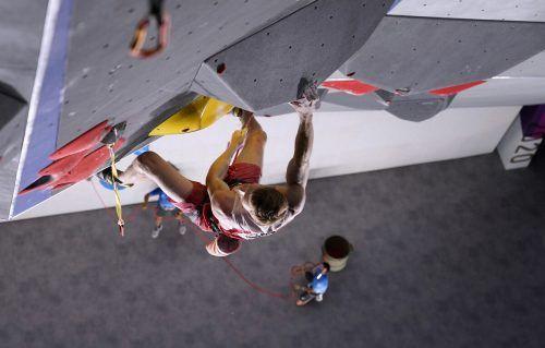 Im abschließenden Vorstiegbewerb schaffte Jakob Schubert mit einem Kraftakt als einziger Athlet das Top und katapultierte sich in die Medaillenränge. GEPA/2