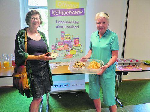Ingrid Benedikt und Erika Schuster vom Projekt Offener Kühlschrank: Mit etwas Kreativität lassen sich leckere Speisen zaubern. CTH