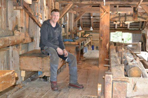 """Jochum: """"Ich habe immer schon gerne mit Holz gearbeitet."""""""